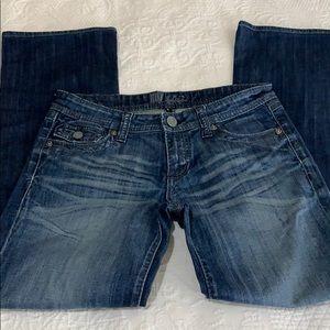 Kut from the Kloth boot cut denim jeans sz 6